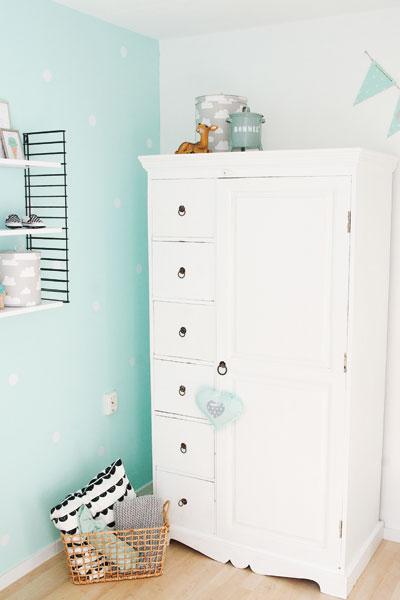 Lieve babykamer voor niet willen weters - Verf babykamer ...
